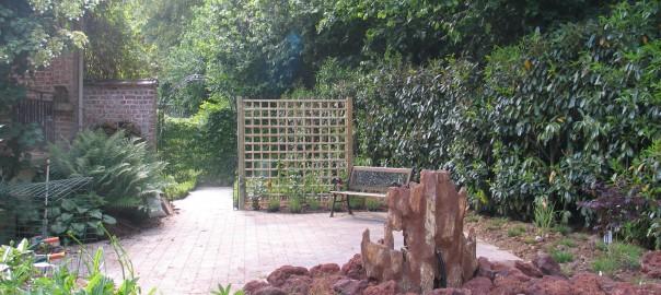Leefadaal -Gardens tuinaanleg renovatie,snoeien,bestrating,onderhoud
